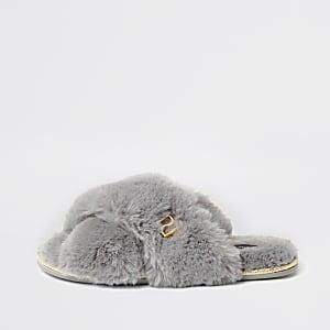 Grey faux fur cross over mule slipper