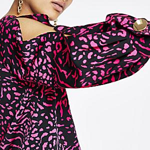 Pink print split sleeve top