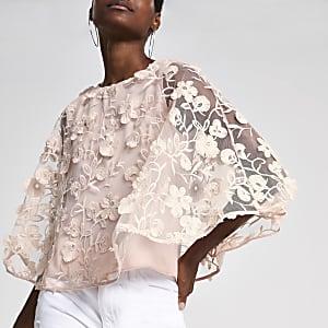 Roze verfraaide top met bloemenprint en cape