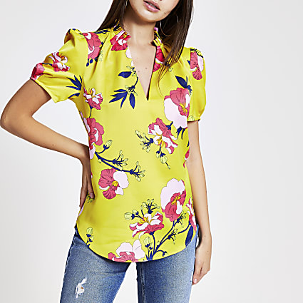 Yellow floral V neck shell top