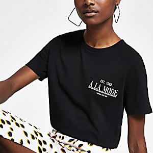 Zwart aansluitend T-shirt met 'A La Mode'-print
