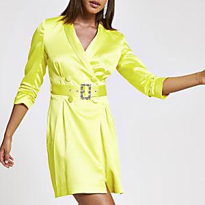Robe blazer jaune à ceinture