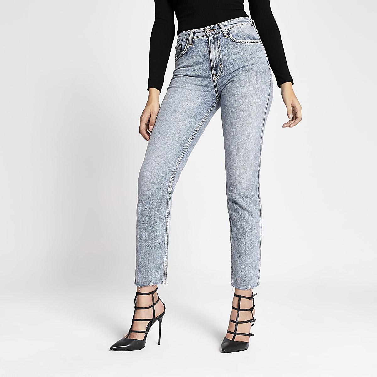 De lichtblauwe Norma rechte jeans