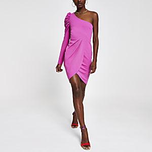 Robe ajustée rose asymétrique