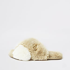 Cream faux fur cross over mule slipper