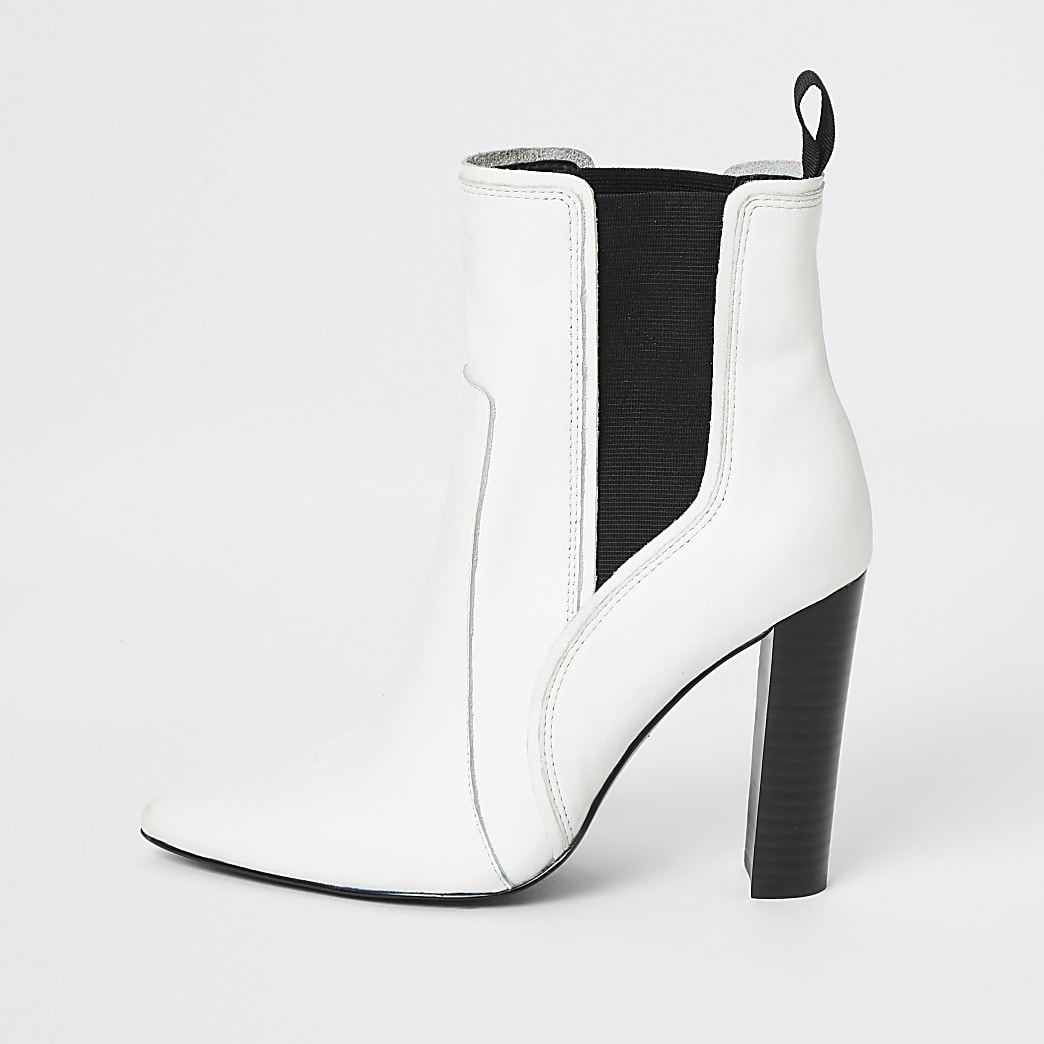 White leather pointed western heel boots