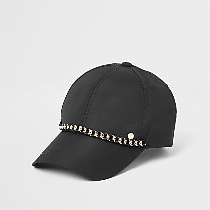 Black chain baseball cap