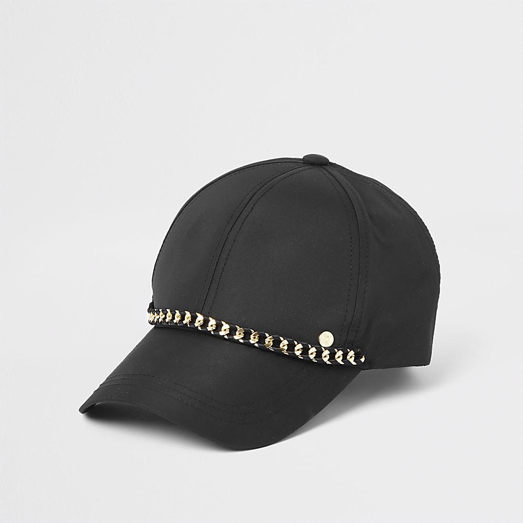 Zwarte baseballpet met ketting