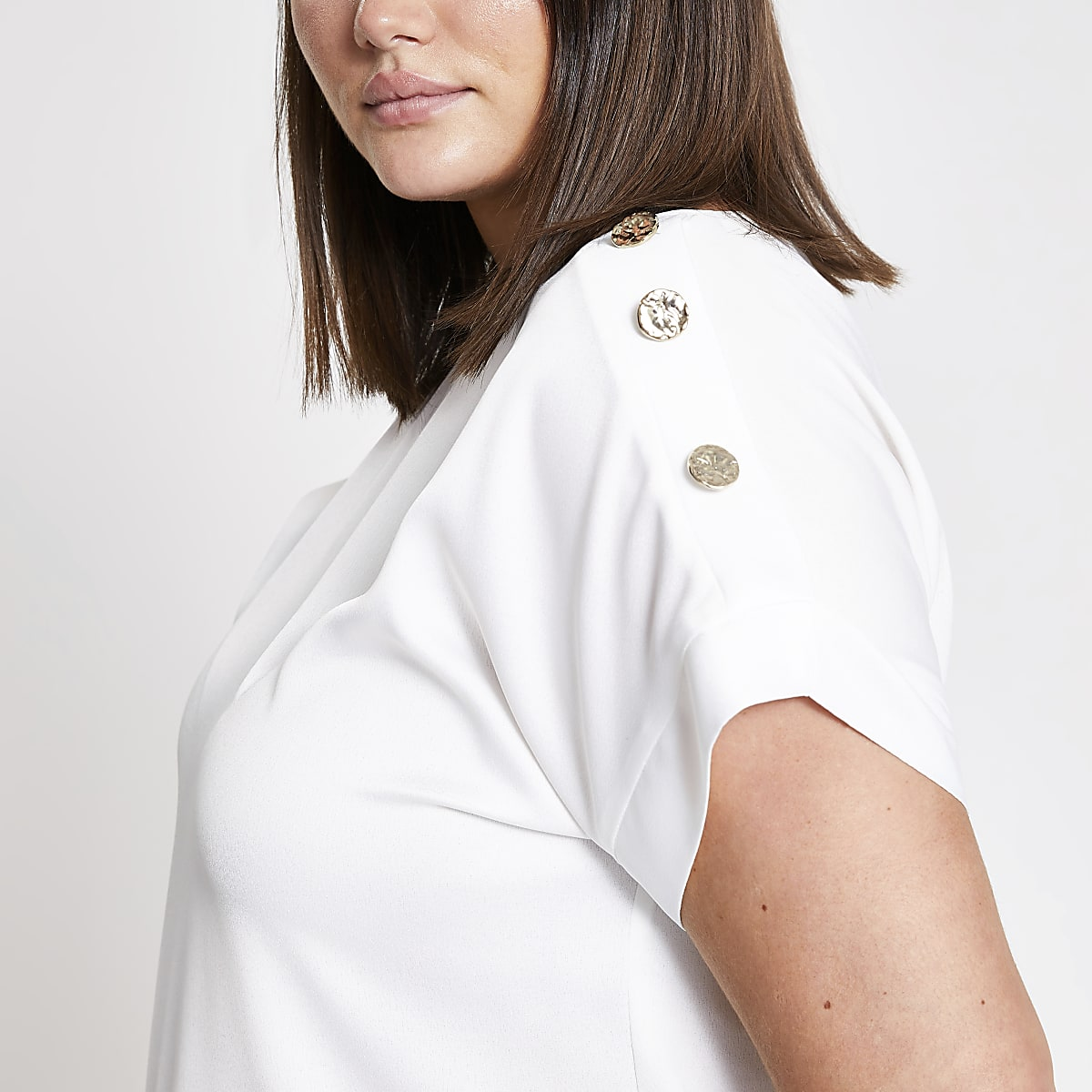 Plus white button shoulder T-shirt