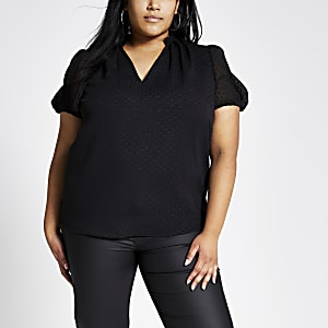Plus black spot V neck shell top