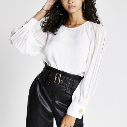 White pleated split long sheer sleeve top