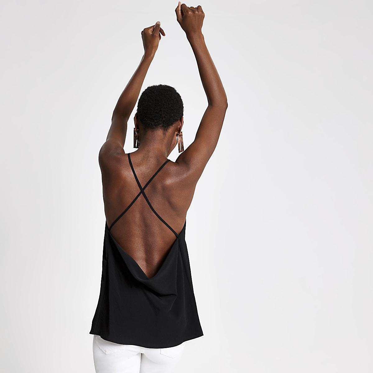 Zwarte camitop met losvallende achterkant