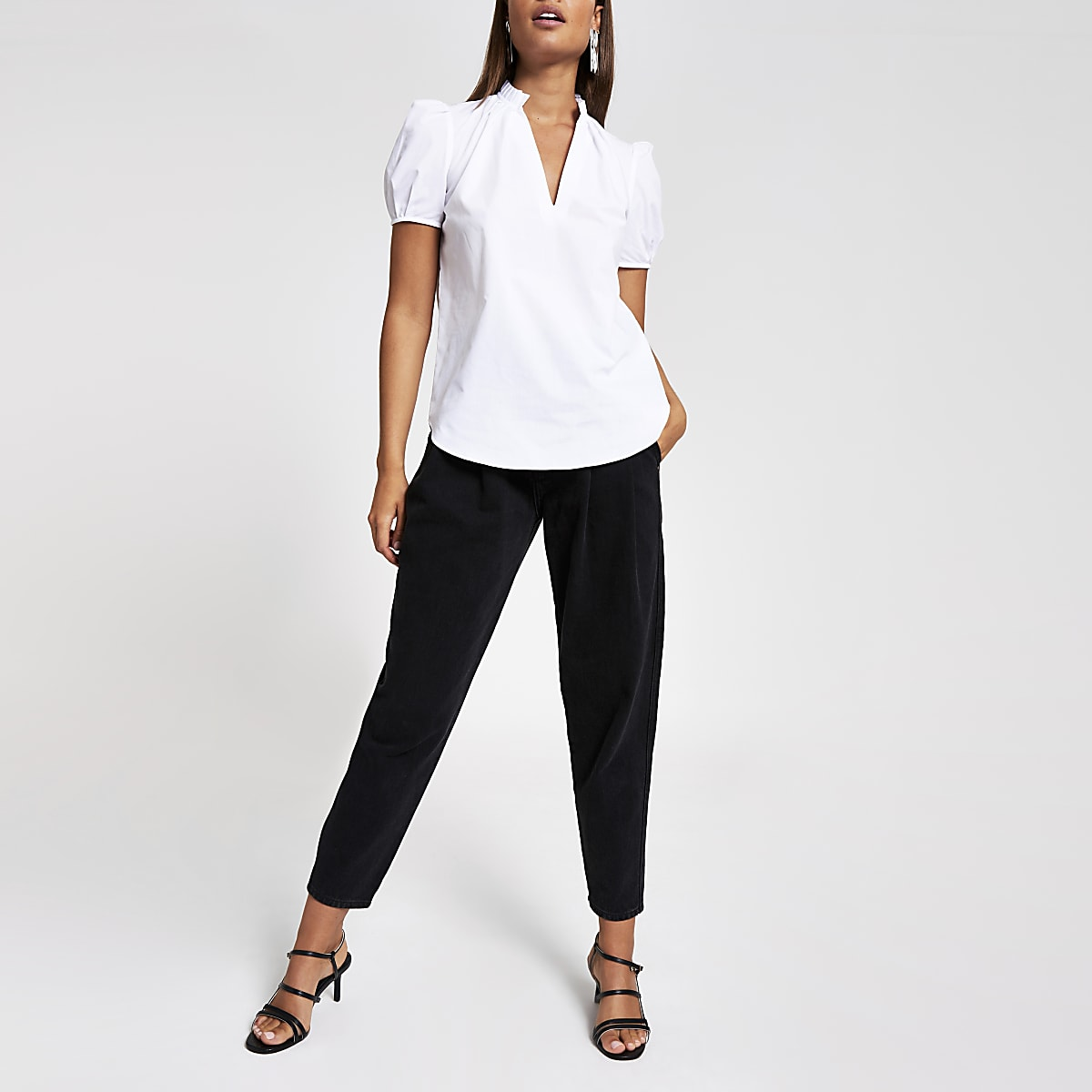White poplin V neck shell top