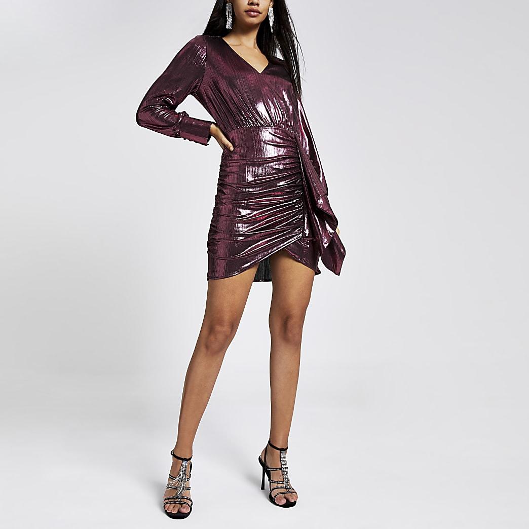 Mini robe robe à volants et manches longues couleur metal rosé