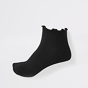 Black frill ankle socks
