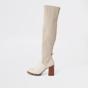 Beigegeribbelde gebreide over-de-knie-laarzen met hoge hakken