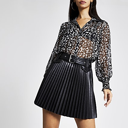 Black PU belted pleated mini skirt