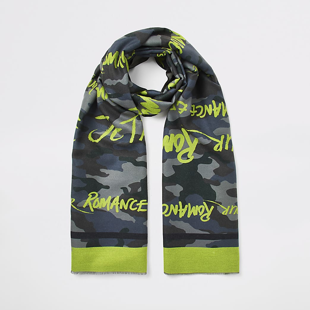 Dark green camo slogan printed scarf