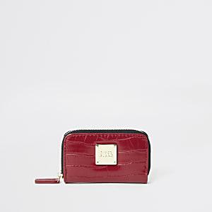 Kleine, rote Geldbörse mit Reißverschluss in Kroko-Optik