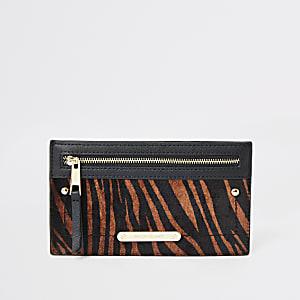 Dunkelbeige Reißverschluss-Tasche im Leoparden-Look