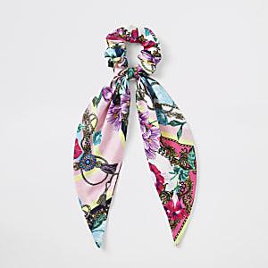 Roze gebloemde scrunchie met sjaalprint