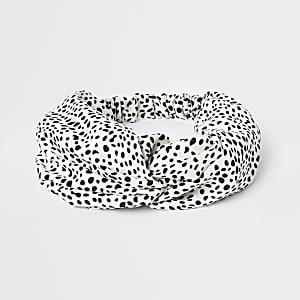Witte hoofdband met geknoopte voorkant en stippenprint