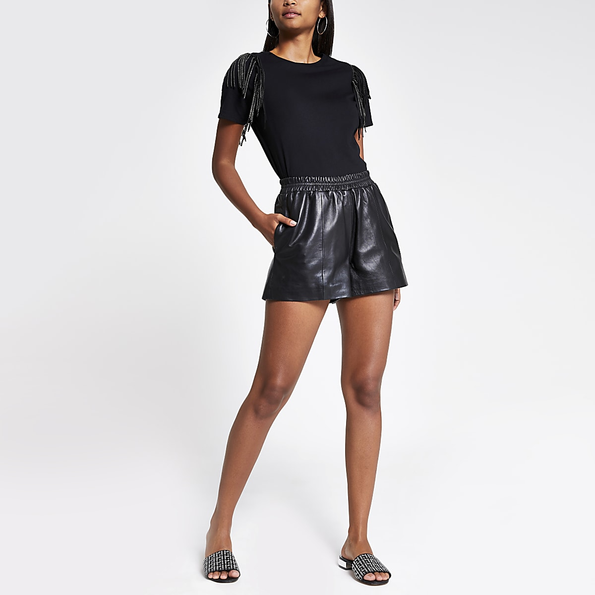 T-shirt noir orné à franges