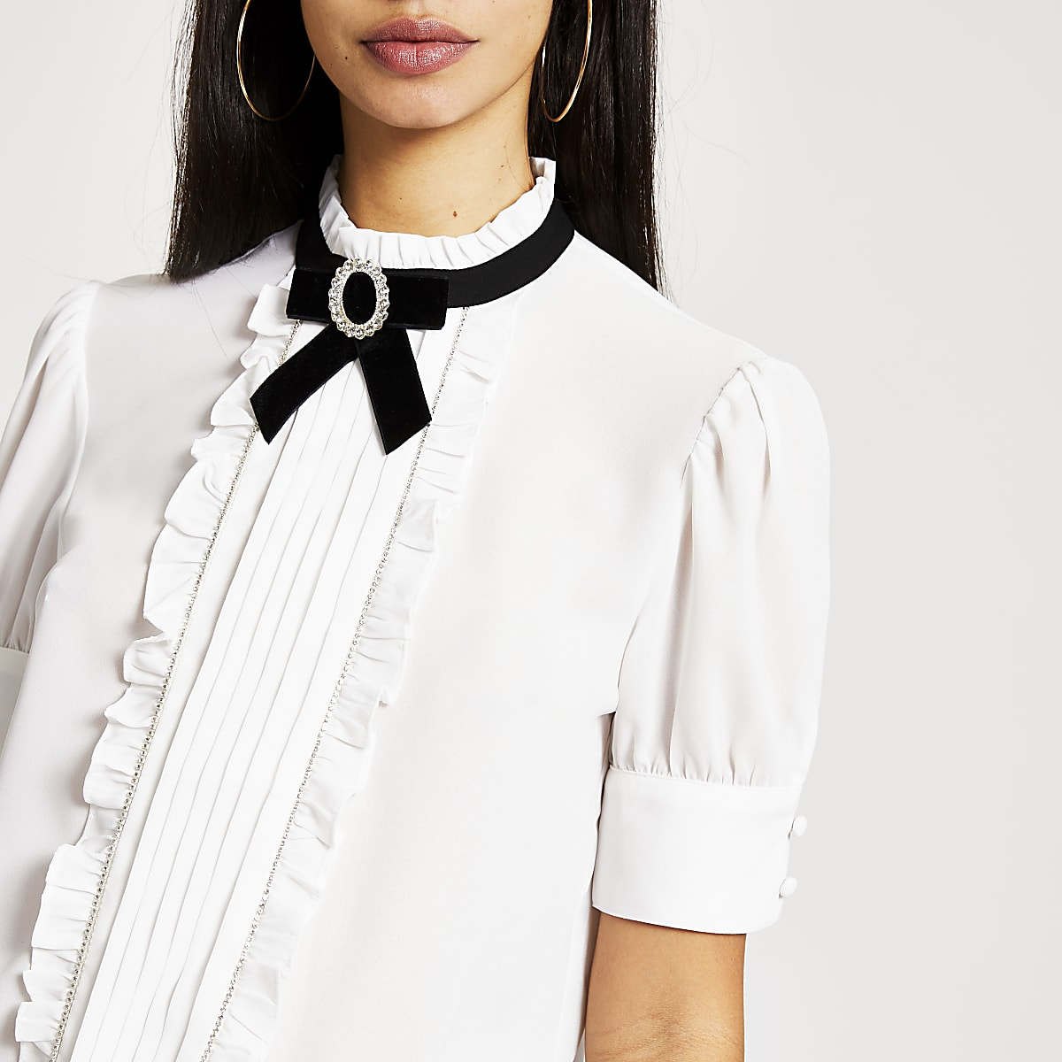 White bow embellished collar frill blouse