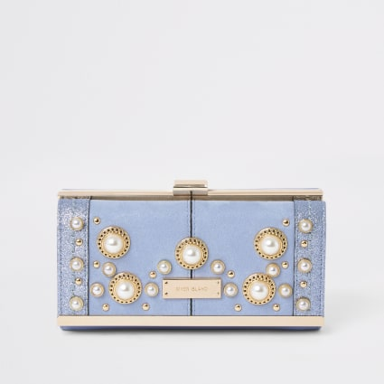 Light blue pearl embellished clip top purse