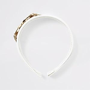 White D ring headband