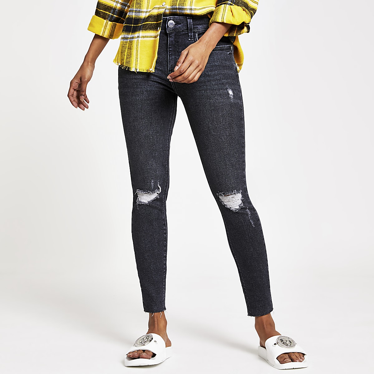 Petite washed black Amelie skinny rip jeans