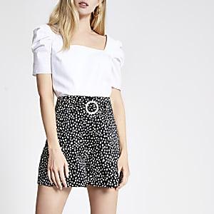 Black spot belted shorts