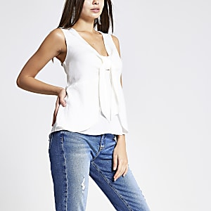 White bow front tank top
