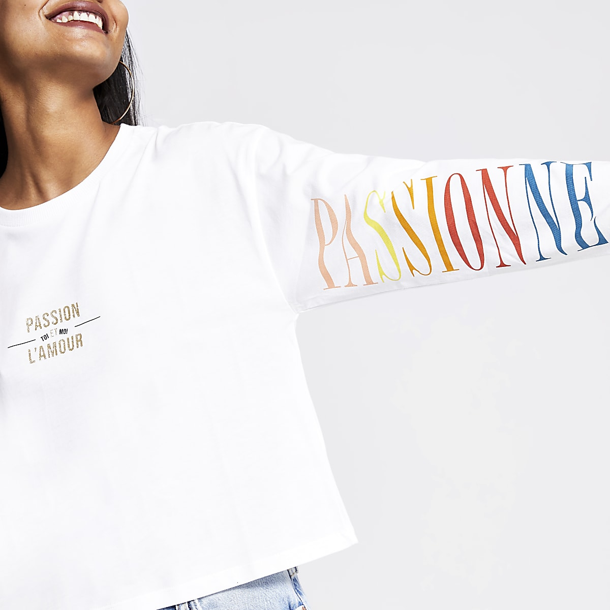 Petite white printed long sleeve top