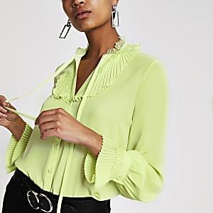 Top vert citron à manches longues et bordure en dentelle