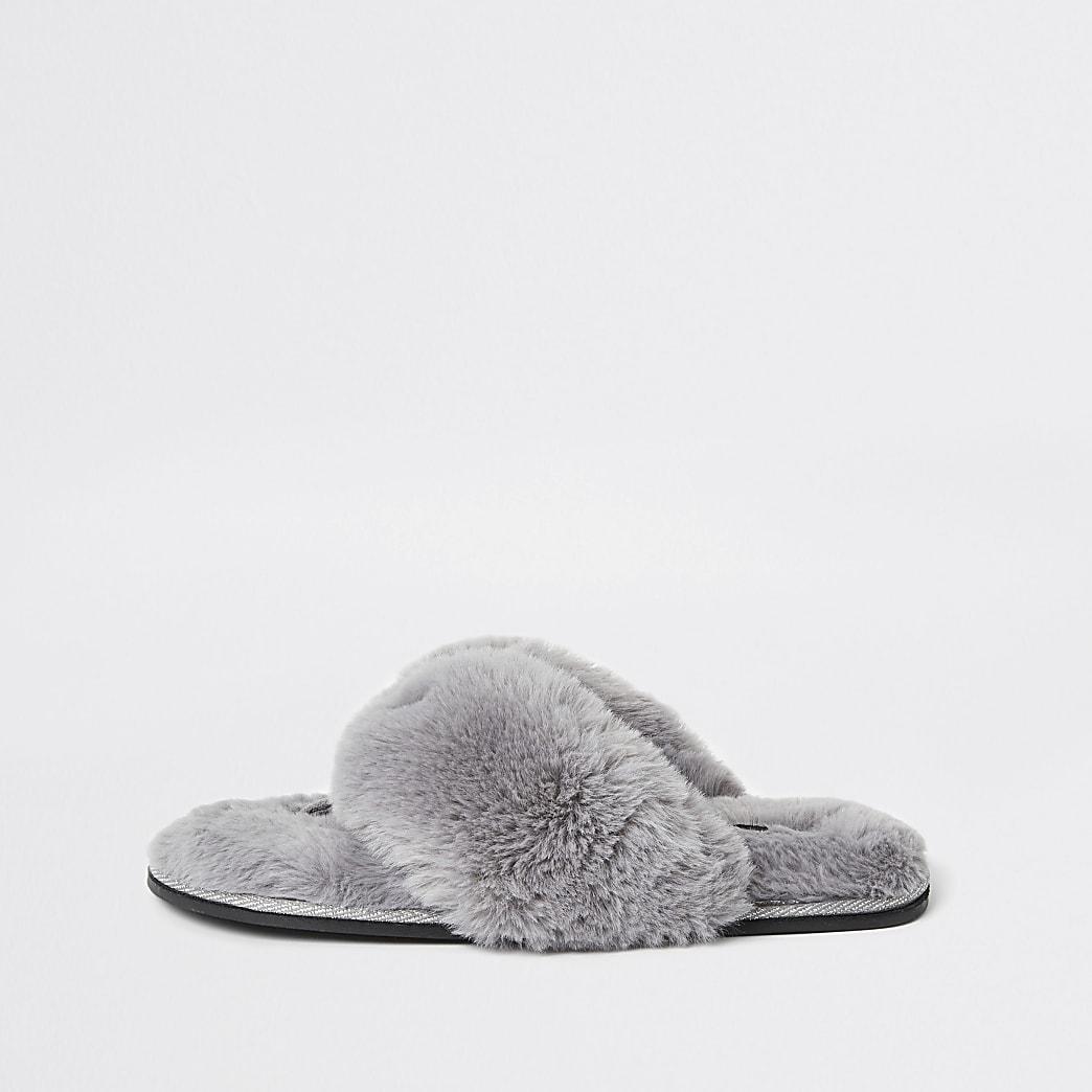 Grey diamante faux fur flip flop slippers