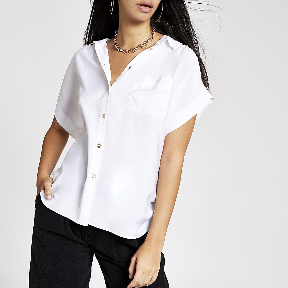 White short sleeve shirt