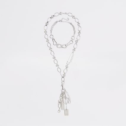 Silver colour chain link necklace