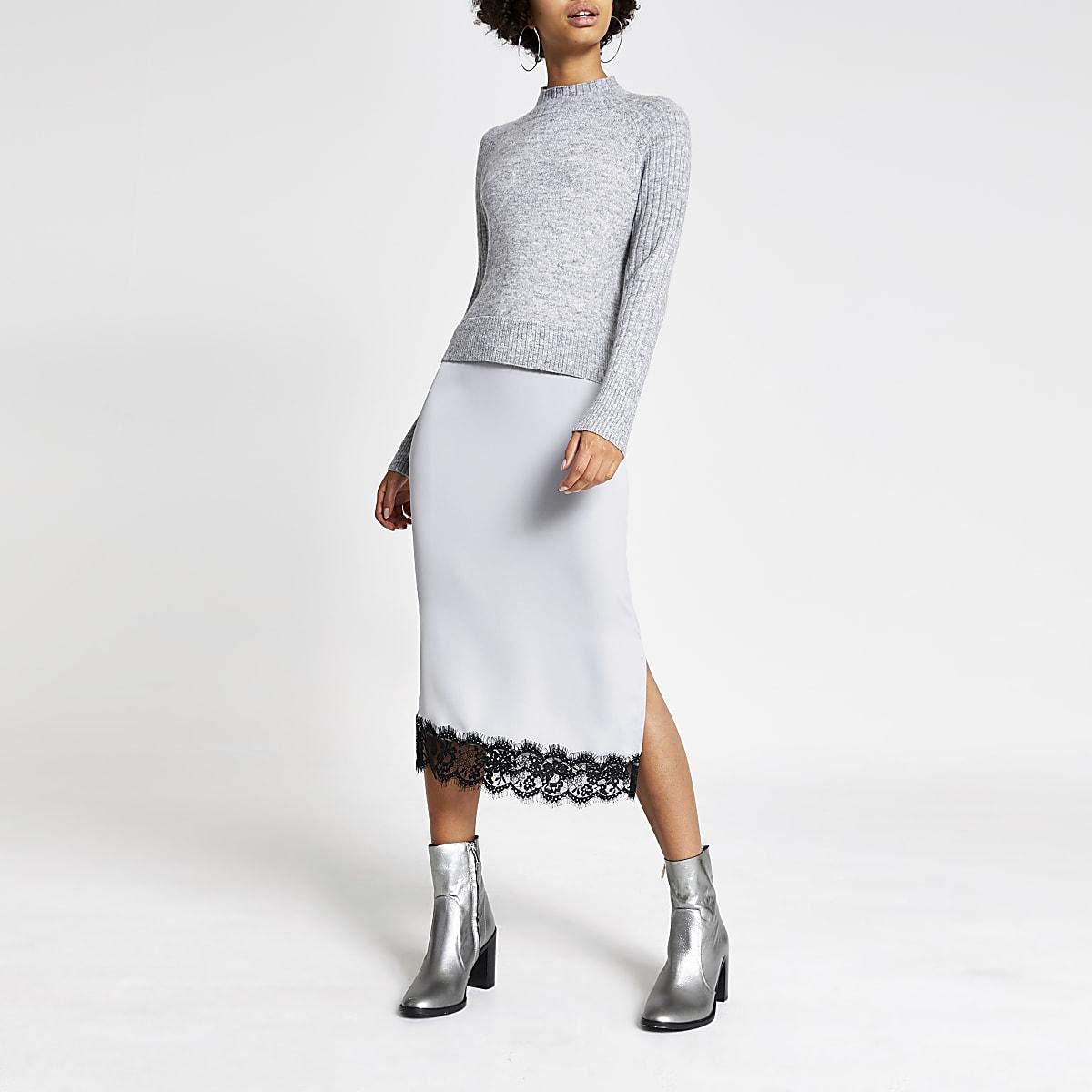 Grijze satijnen midi trui-jurk met kant