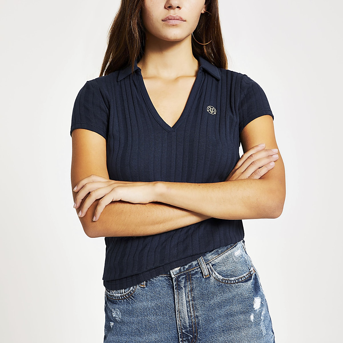 Petite navy V neck collar T-shirt
