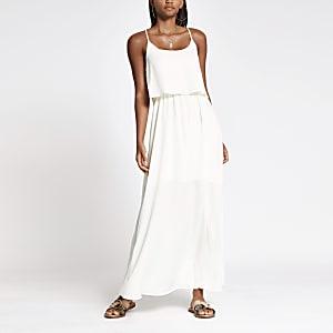 Witte gelaagde maxi-jurk