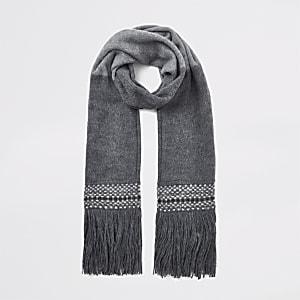 Grijze sjaal met franje en kleurvlakken
