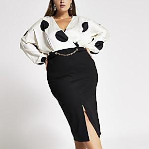 RI Plus - Crèmekleurige midi-jurk met stippen en lange mouwen