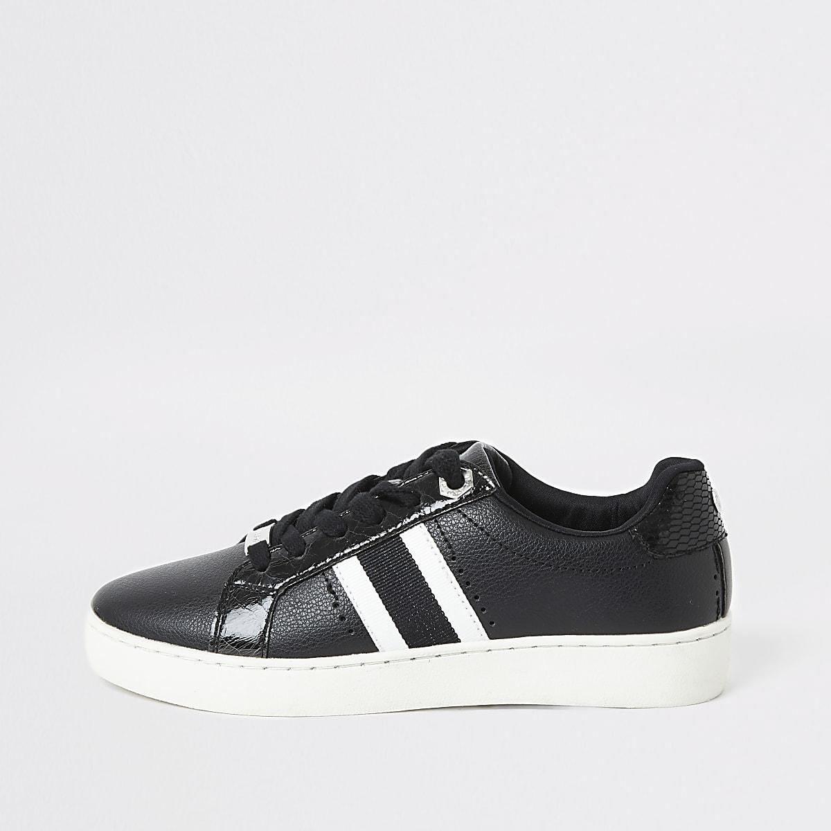 Zwarte gestreepte sneakers met veters