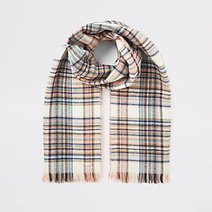 Pink check tassel trim scarf