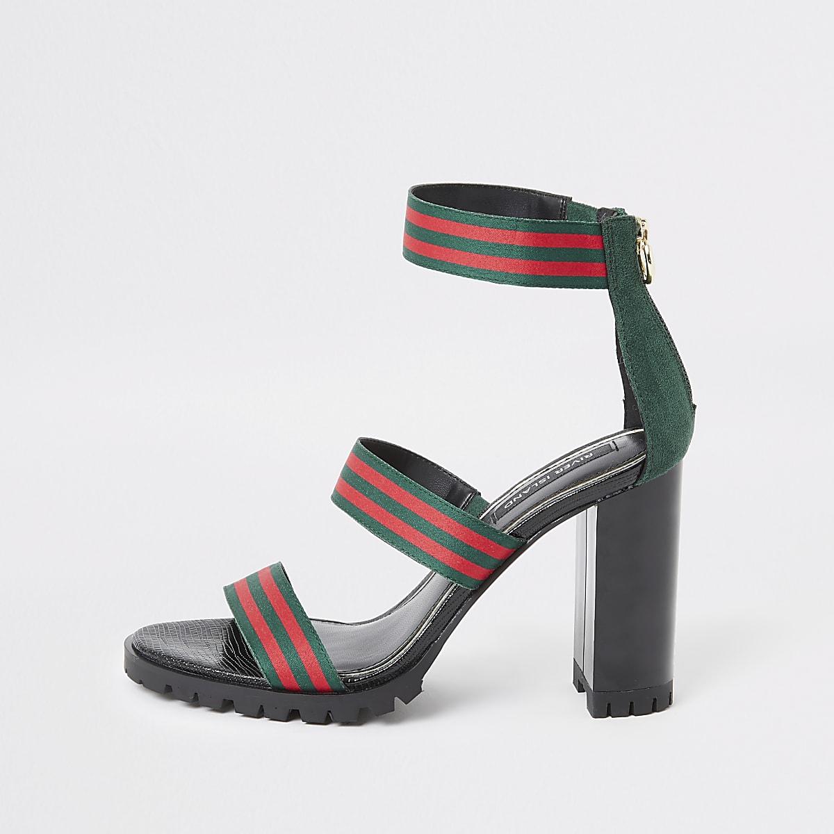 Groene gestreepte sandaal met hak en drie bandjes