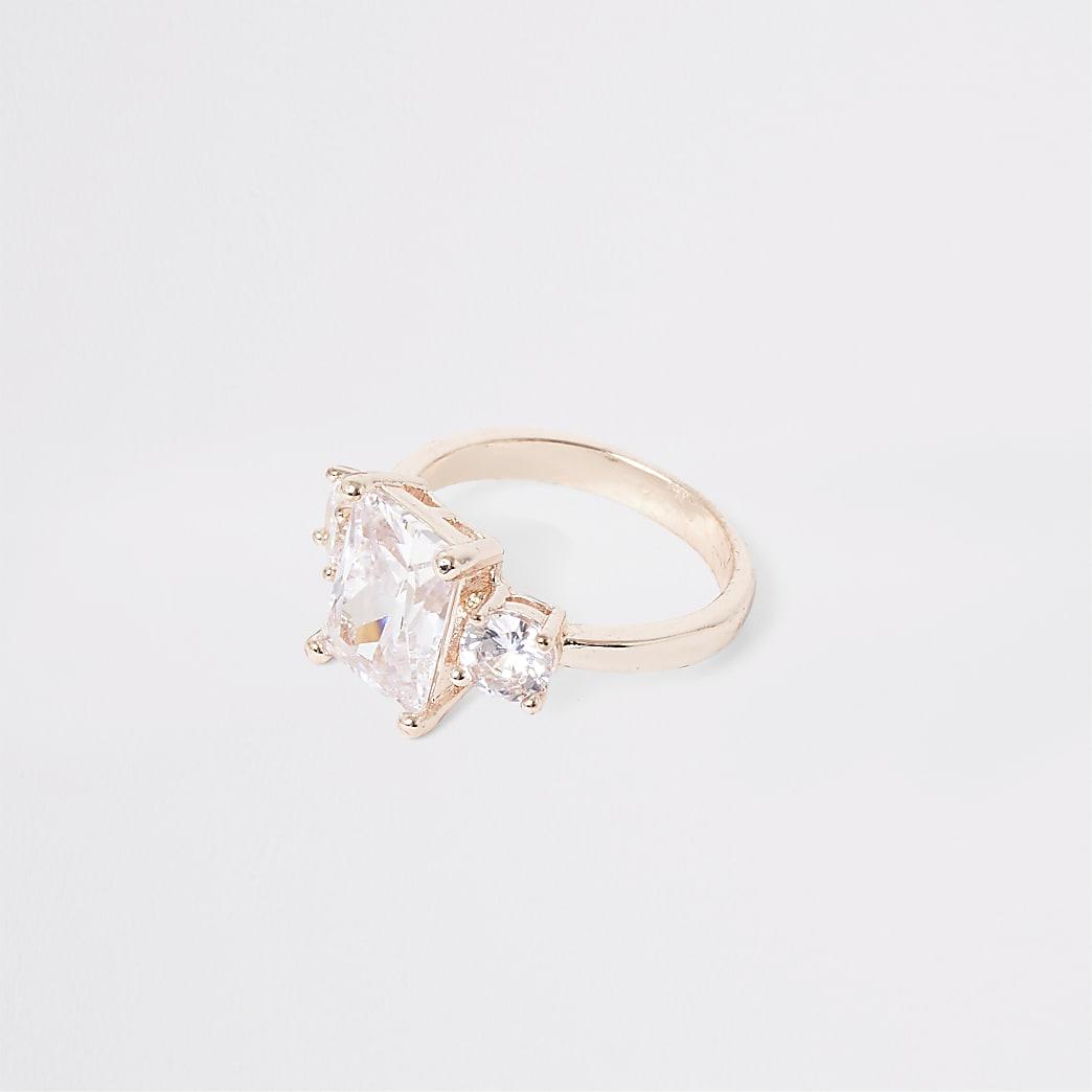 Rose gold colour three diamante ring