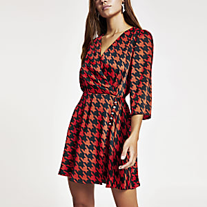 Petite red dogtooth check print wrap dress