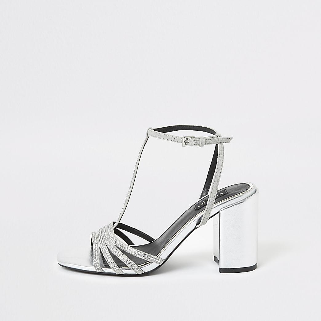 Silberfarbene Wide Fit Sandalen mit T-Riemen und Strass
