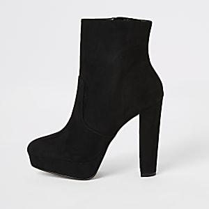 Zwarte laarzen van imitatiesuède met plateauzool en hak